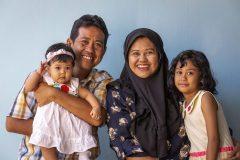 Adil en zijn gezinnetje.